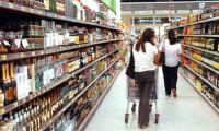 Crisi, sempre piu' famiglie al discount per risparmiare