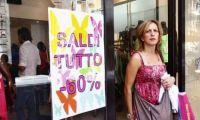 Saldi, Codacons: Renzi liberalizzi gli sconti tutto l'anno